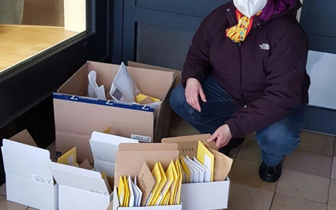 Hunderte Sessionsorden wurden kontaktlos verteilt