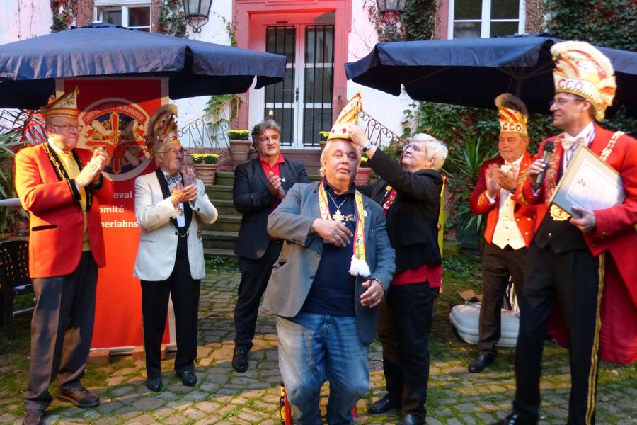 Ehrenelferratswürde und Ehrenelferratskappe für Karl Krämer